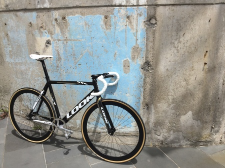 look-al-p-464-fixed-gear